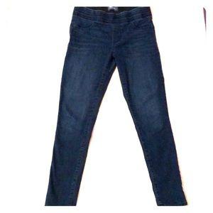 Old navy Rockstar skinny jeans w/stretchy waist